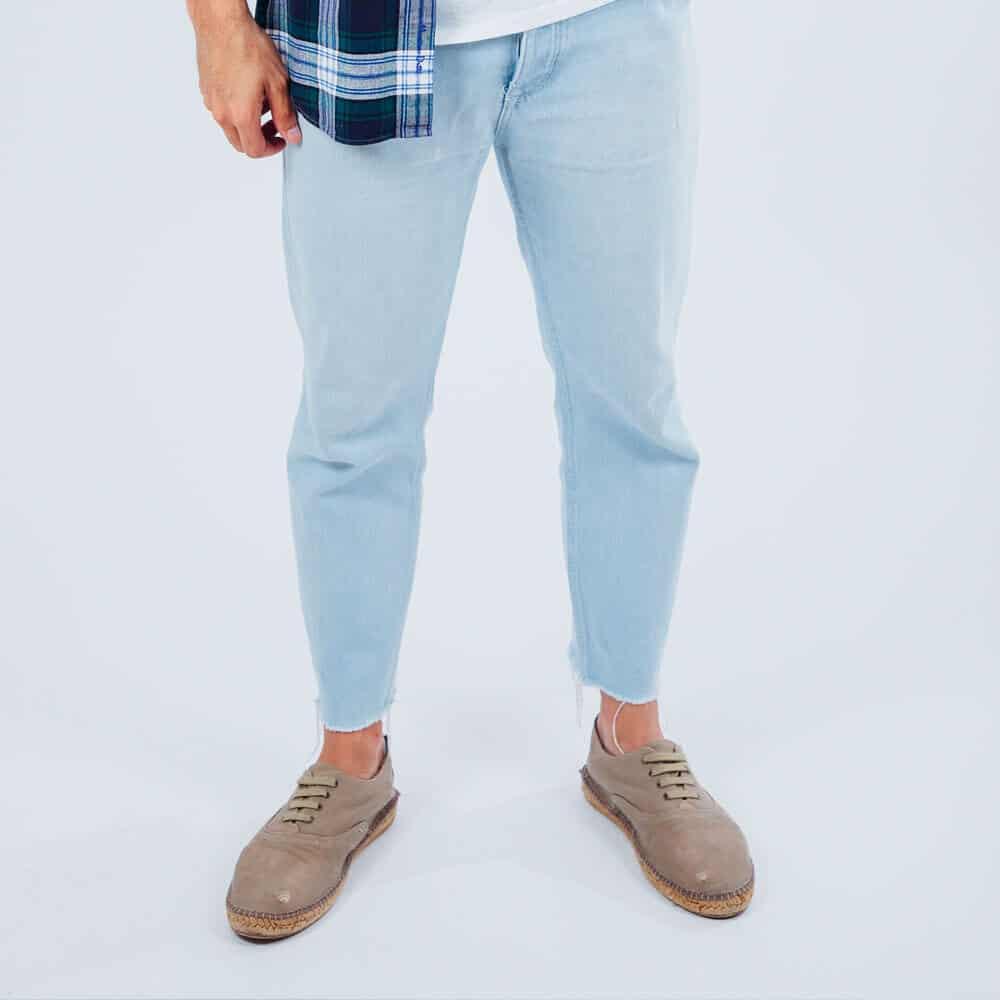 basic-blue-jeans-1-free-img